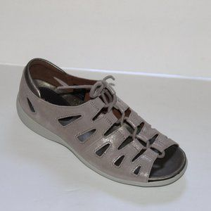 Like New Aravon Bromley Ghillie Sandals